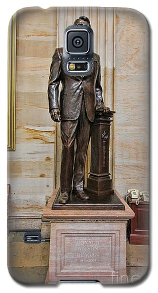 Ronald Regan -  U S Capitol Statuary Hall Galaxy S5 Case by Allen Beatty