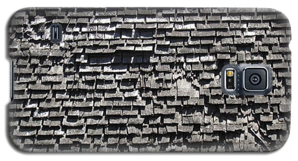 Galaxy S5 Case featuring the photograph Roof Textures by Bonnie Muir