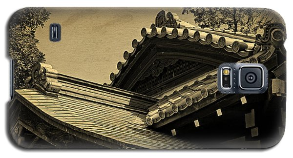 Roof Tile Details Of A Buddhist Temple I Galaxy S5 Case