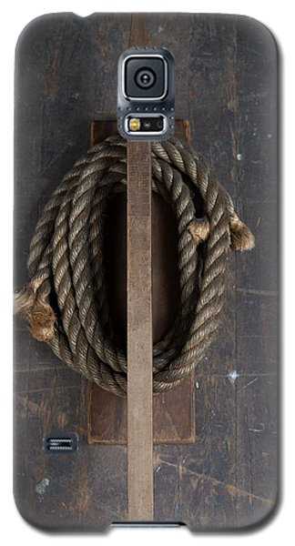 Galaxy S5 Case featuring the painting Rope Holder by Izabella West