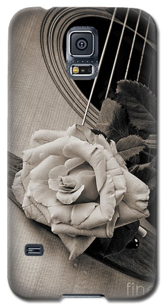 Rose Bloom Flower On Guitar In Sepia 3262.01 Galaxy S5 Case