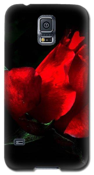 Rose In Black Galaxy S5 Case