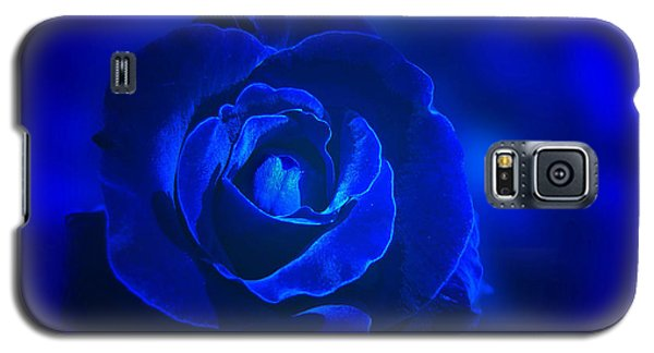 Rose In Blue Galaxy S5 Case