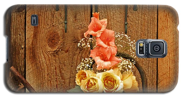 Galaxy S5 Case featuring the photograph Roses And Gladiolus  by Marjorie Imbeau