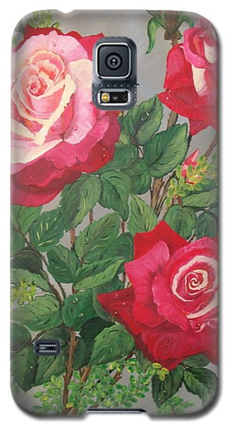 Galaxy S5 Case featuring the painting Roses N' Rain by Sharon Duguay