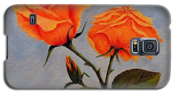 Galaxy S5 Case featuring the painting Roses With Bud by Roseann Gilmore