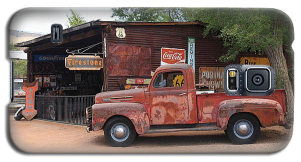 Route 66 Garage And Pickup Galaxy S5 Case by Frank Romeo