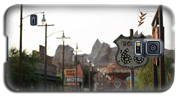 Galaxy S5 Case featuring the photograph Route 66 by Michael Albright