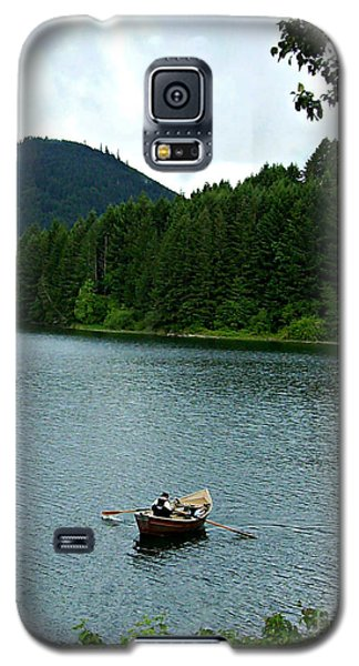 Galaxy S5 Case featuring the photograph Row Boat At Dorena Lake  by Mindy Bench