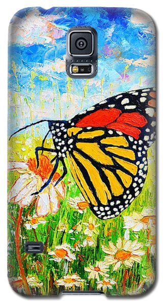 Royal Monarch Butterfly In Daisies Galaxy S5 Case