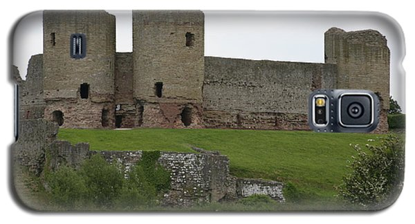 Galaxy S5 Case featuring the photograph Ruddlan Castle 2 by Christopher Rowlands