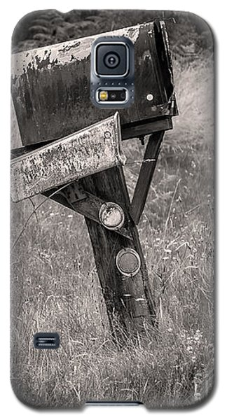 Rural Route Mail Call  Galaxy S5 Case by Jean OKeeffe Macro Abundance Art