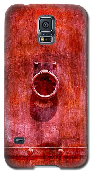 Galaxy S5 Case featuring the photograph Rust Never Sleeps by John  Kolenberg