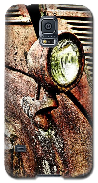 Galaxy S5 Case featuring the photograph Rusted by Ron Roberts