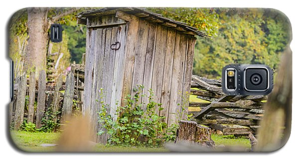 Rustic Fence And Outhouse Galaxy S5 Case