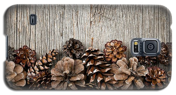 Rustic Wood With Pine Cones Galaxy S5 Case