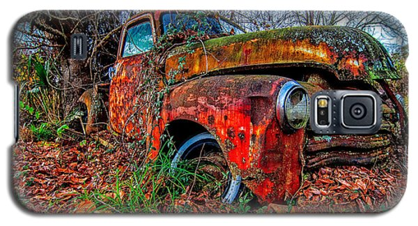 Rusty 1950 Chevrolet Galaxy S5 Case by Andy Crawford