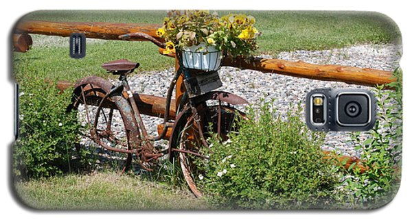 Galaxy S5 Case featuring the photograph Rusty Bike by Mark McReynolds