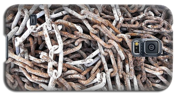 Galaxy S5 Case featuring the photograph Rusty Links by Cheryl Hoyle