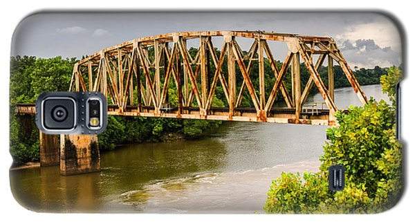 Rusty Old Railroad Bridge Galaxy S5 Case