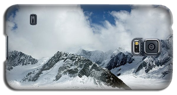 Ruth Gorge In Alaska's Denali National Park Galaxy S5 Case