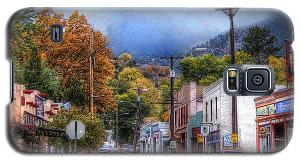 Galaxy S5 Case featuring the photograph Ruxton Avenue by Lanita Williams