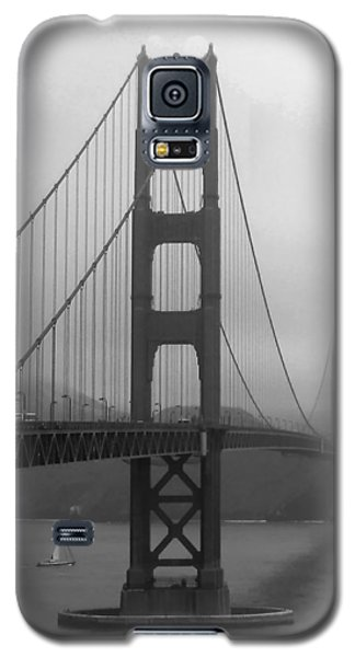 Sailboat Passing Under Golden Gate Bridge Galaxy S5 Case by Connie Fox