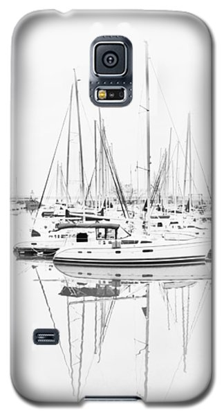 Sailboat Row  B/w Hi-key Galaxy S5 Case by Greg Jackson