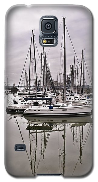Sailboat Row Galaxy S5 Case by Greg Jackson