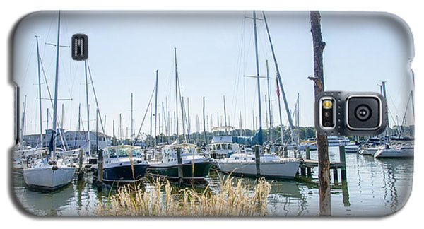 Sailboats On Back Creek Galaxy S5 Case by Charles Kraus