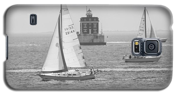 Sailing Past Ledge Light - Black And White Galaxy S5 Case