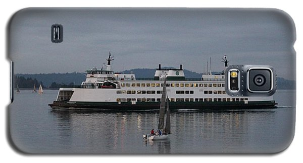Galaxy S5 Case featuring the photograph Sailing Regatta And Issaquah Ferry by E Faithe Lester