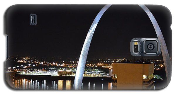 Galaxy S5 Case featuring the photograph Saint Louis Skyline And Jefferson Expansion Arch by Jeff at JSJ Photography