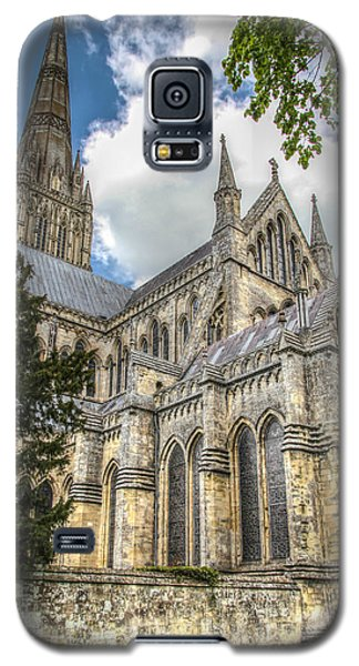 Salisbury In The Morning Galaxy S5 Case by Ross Henton