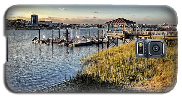 Galaxy S5 Case featuring the photograph Salisbury Street Low Tide by Phil Mancuso