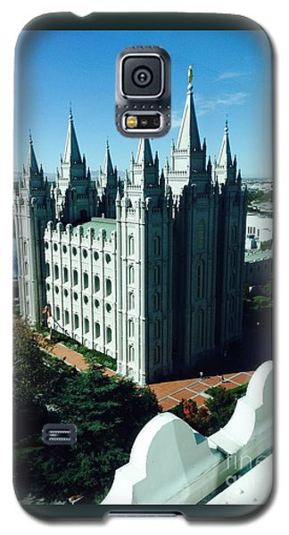 Galaxy S5 Case featuring the photograph Salt Lake Temple The Church Of Jesus Christ Of Latter-day Saints The Mormons by Richard W Linford