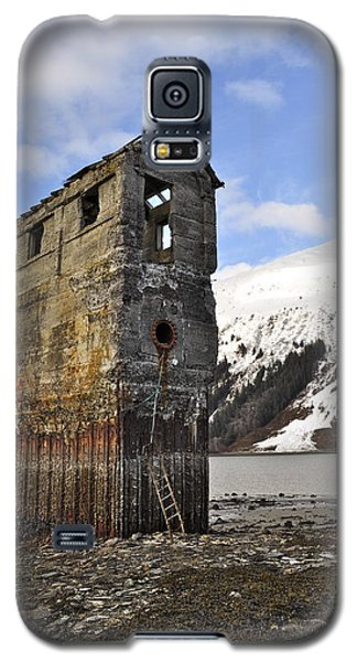 Saltwater Pump House Galaxy S5 Case by Cathy Mahnke