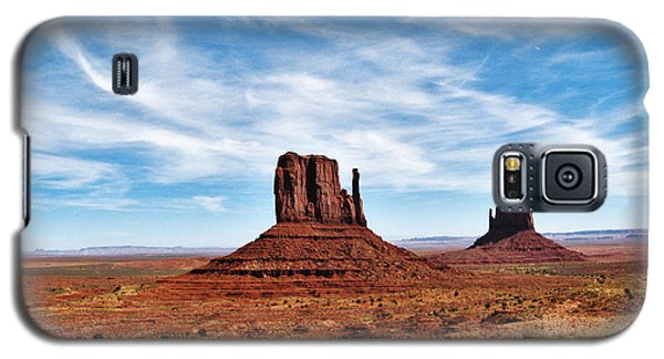 Galaxy S5 Case featuring the photograph Saluting Sentinels by Sylvia Thornton