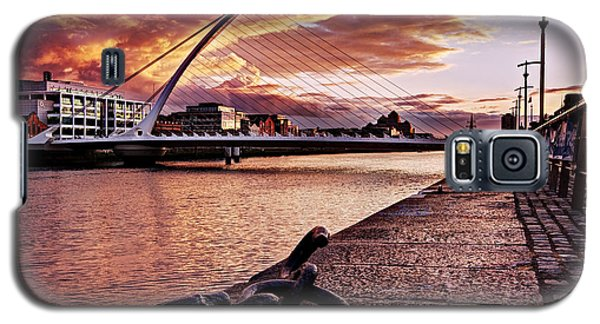 Samuel Beckett Bridge At Dusk - Dublin Galaxy S5 Case