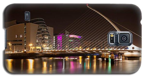 Samuel Beckett Bridge In Dublin City Galaxy S5 Case by Semmick Photo