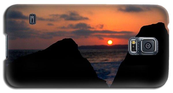 Galaxy S5 Case featuring the photograph San Clemente Rocks Sunset by Matt Harang