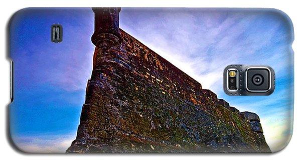 Galaxy S5 Case featuring the photograph San Cristobal Sentry by Ricardo J Ruiz de Porras