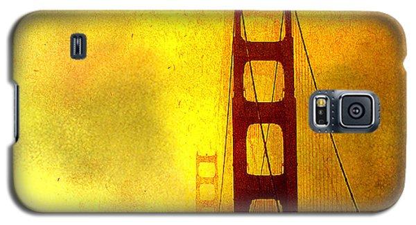 San Francisco Golden Gate Bridge Commute In Sun And Fog Galaxy S5 Case