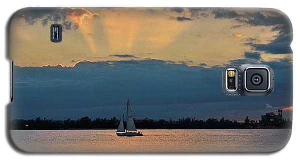 San Juan Bay Sunset And Sailboat Galaxy S5 Case
