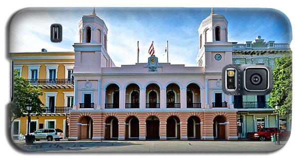 Galaxy S5 Case featuring the photograph San Juan City Hall by Ricardo J Ruiz de Porras