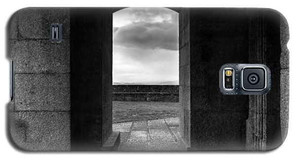 Galaxy S5 Case featuring the photograph Sanctuary by Edgar Laureano