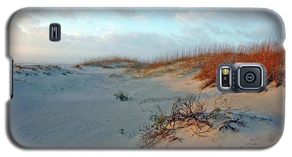 Galaxy S5 Case featuring the photograph Sand Dune On Tybee Island by Allen Carroll