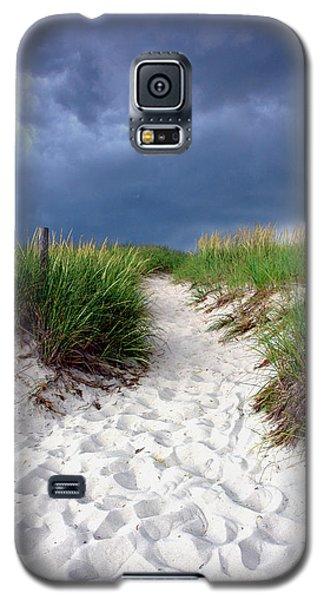Sand Dune Under Storm Galaxy S5 Case