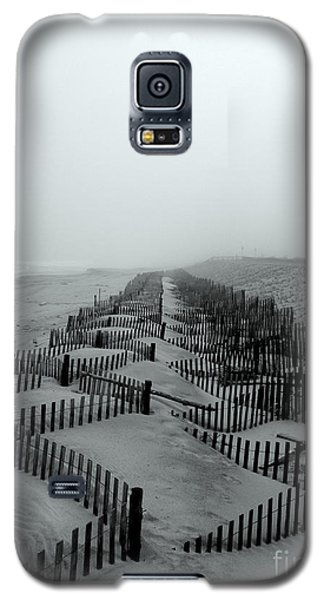 Galaxy S5 Case featuring the photograph Sand In The Line by Robert Riordan