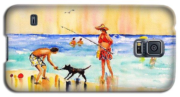 Sandy Dog At The Beach Galaxy S5 Case by Carlin Blahnik